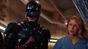 Video: Atom Saves Kara - Crisis On Earth X Part 4 | DC